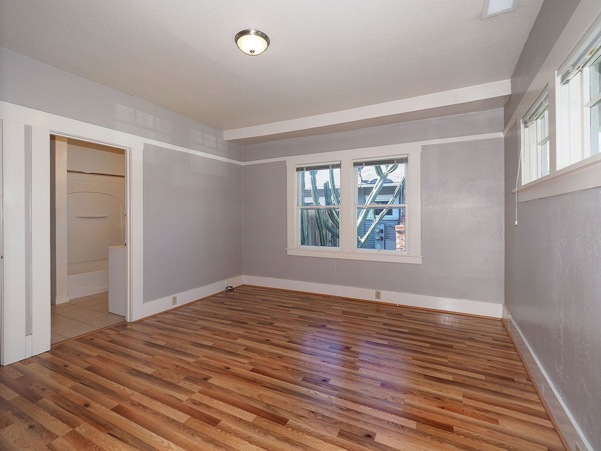 876 Sonoma Avenue Int Bed