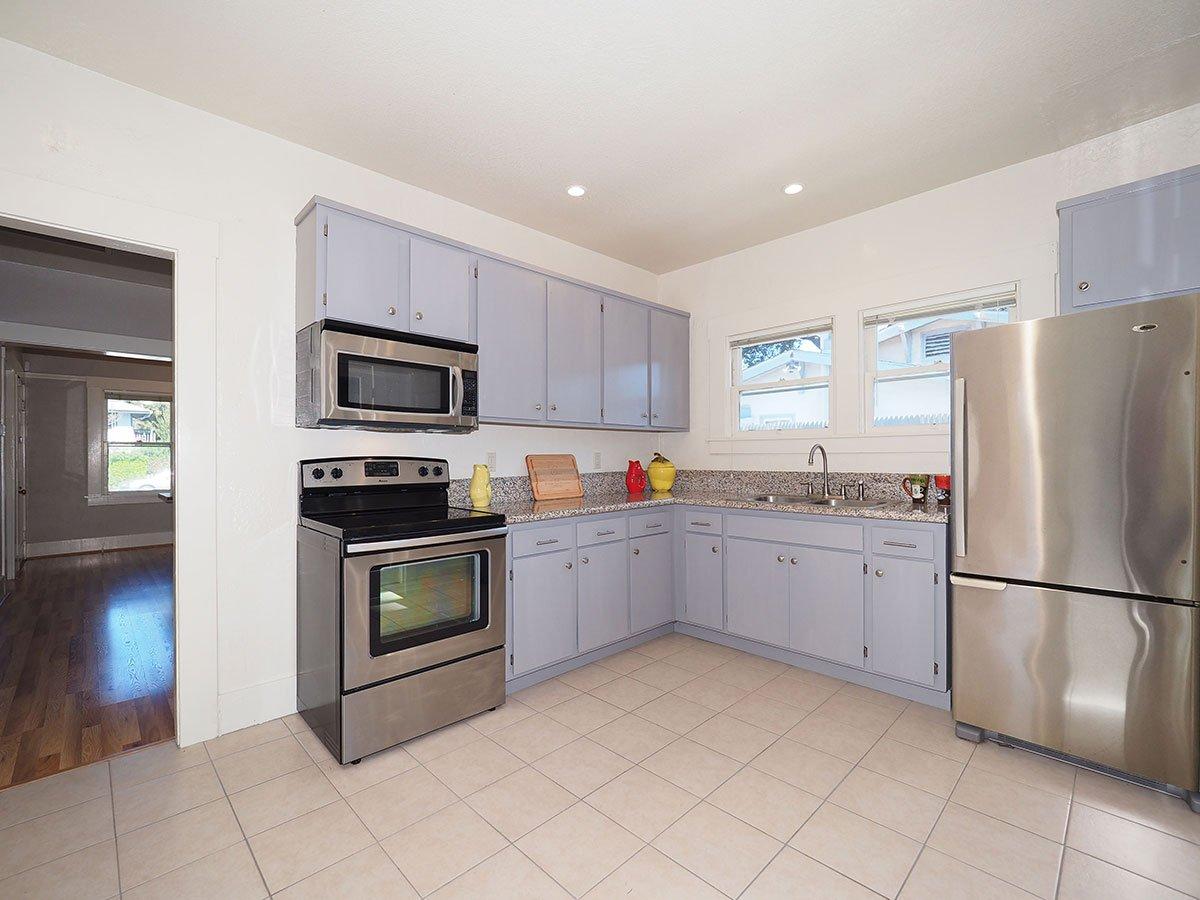876 Sonoma Avenue Kitchen 3